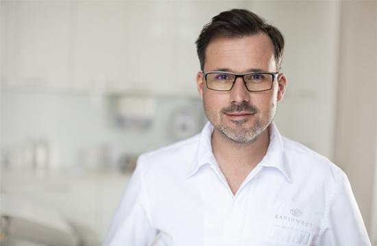 Dr Michal Kaniowski