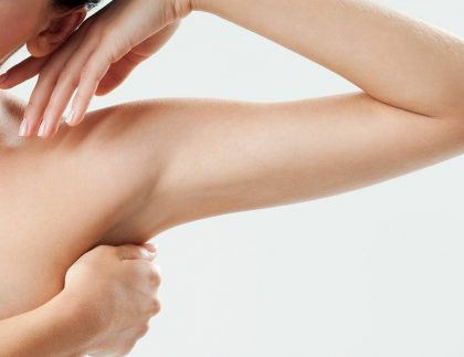 Liposukcja ramion Kaniowscy Clinic